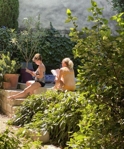 Farniente à la piscine Avignon